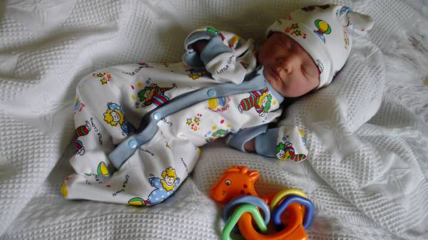 where to smallest preemie clothes for babies uk